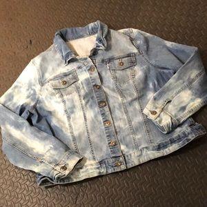 Custom bleach dye jean jacket!